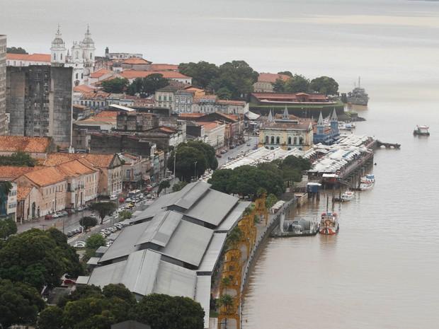 Estação das Docas é um dos pontos turísticos onde o visitante pode apreciar a paisagem do rio (Foto: Oswaldo Forte / O Liberal)