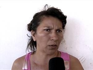 Clara Costa, mãe da vítima, disse que começou a desconfiar do sumiço da filha. (Foto: Reprodução/TV Liberal)