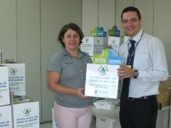 NO total, 20 unidades de saúde já receberam as caixas para a coleta de medicamentos vencidos (Foto: Divulgação / Prefeitura de Cascavel)