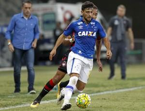 Arrascaeta Cruzeiro x Atlético-PR (Foto: Washington Alves/ Lightpress)