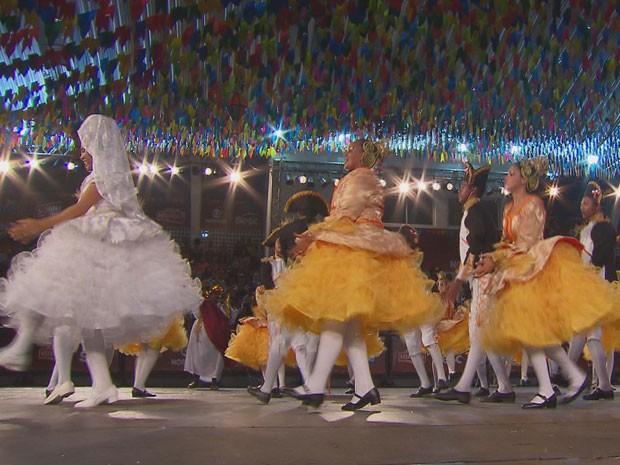 Brigões de Suape, do Cabo de Santo Agostinho, resolveu mostrar o que faz do São João uma festa tão especial (Foto: Reprodução / TV Globo)