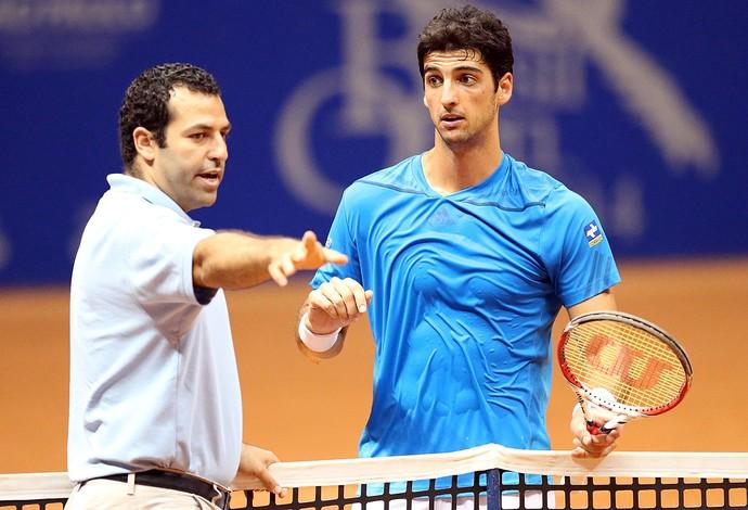 Thomaz Bellucci tênis Brasil Open contra Delbonis (Foto: Gaspar Nobrega / Inovafoto)