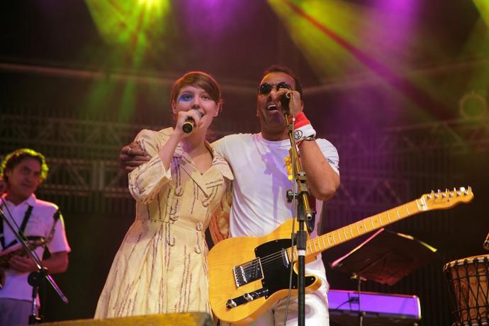 Duas gerações no palco do João Rock em 2009: Mallu Magalhães e Jorge Ben Jor  (Foto: Arquivo Bananas Eventos)