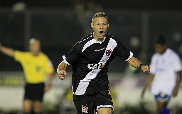 Primeiro gol de Marlone como profissional no Vasco emociona família no Tocantins (Foto: Marcelo Sadio/Flickr do Vasco)