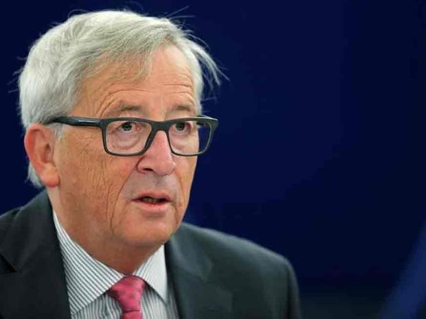 Juncker, presidente da Comissão Europeia, durante debate no Parlamento europeu em Estrasburgo  (Foto: Vincent Kessler/Reuters)