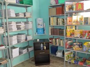 Projeto Teia do Aprender doa bibliotecas a escolas e creches públicas da Paraíba (Foto: Arquivo pessoal/Stellio Mendes)