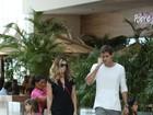 Giovanna Antonelli usa look elegante em passeio com a família no Rio