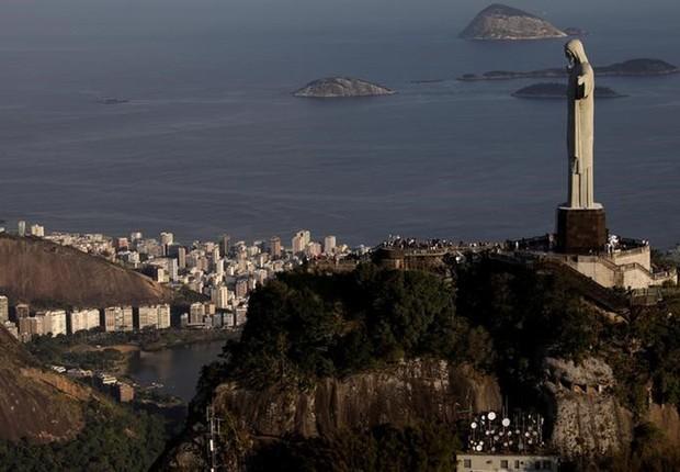Cristo Redentor em foto aérea do Rio de Janeiro - Rio - cidade maravilhosa - cristo - turismo (Foto: Ricardo Moraes/Reuters)