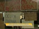 Alunos ocupam o prédio da reitoria da Unioeste em Cascavel, no Paraná