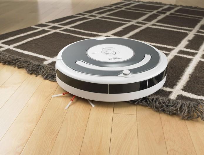 Aperte o botão e o Roomba limpará sua casa toda, inclusive tapetes (Foto: Divulgação/ iRobot) (Foto: Aperte o botão e o Roomba limpará sua casa toda, inclusive tapetes (Foto: Divulgação/ iRobot))