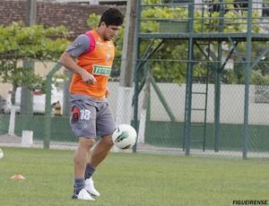 Aloisio treina no CFT do Cambirela do Figueirense (Foto: Luiz Henrique, FFC)