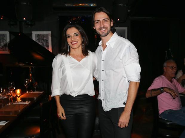 Mara Carvalho com o namorado, Carlos Martin, em show em São Paulo (Foto: Manuela Scarpa/ Foto Rio News)