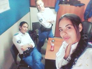 Antonela trabalhou na polícia argentina (Foto: Arquivo Pessoal)