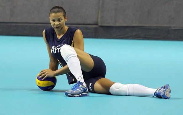 Walewska, jogadora do Campinas (Foto: Felipe Christ/Amil/Divulgação)