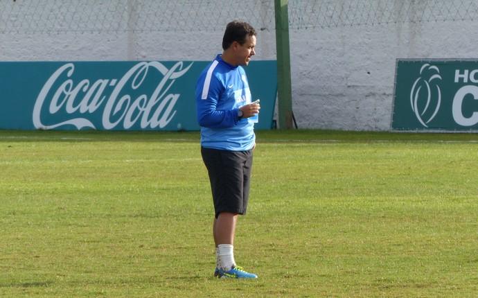 Dado Cavalcanti treino Coritiba (Foto: Monique Silva)