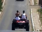 José Loreto e Débora Nascimento curtem Fernando de Noronha