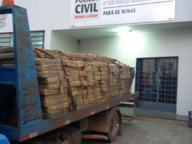 Maconha apreendida em Pará de Minas (Foto: Polícia Militar/ Divulgação)