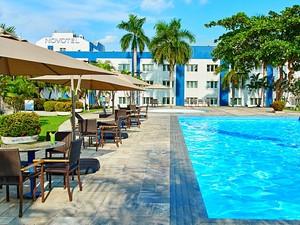 Hotel oferece espumante para a hora da virada (Foto: Divulgação/Novotel)