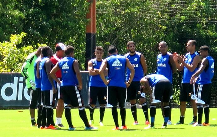 jogadores flamengo treino (Foto: Thales Soares)