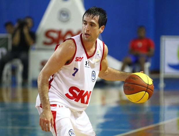 Figueroa Pinheiros NBB basquete (Foto: Luiz Pires)
