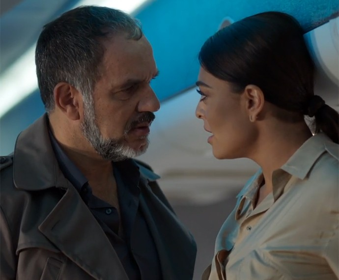 Humberto Martins vive o poderoso Germano, que esbarra com a personagem de Juliana Paes (Foto: TV Globo)