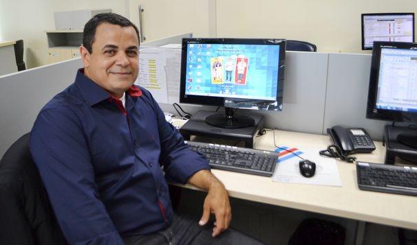 Cleverton Macedo, apresentador do Estação Agrícola (Foto: Divulgação / TV Sergipe)