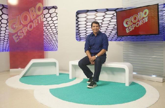 Kako Marques no novo estúdio do Globo Esporte PB (Foto: Reprodução)