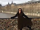 Regina Casé passa o Natal em Paris e estende as férias pela França
