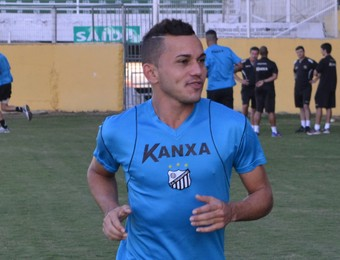Léo Jaime Magno Cruz Bragantino treino (Foto: Filipe Rodrigues)