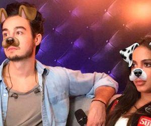 """Tiago Iorc e Anitta """"se vestem"""" de cachorro em gravação"""