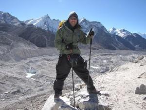 Aurélio Magalhães no Monte Everest (Foto: Aurélio Magalhães / arquivo pessoal)