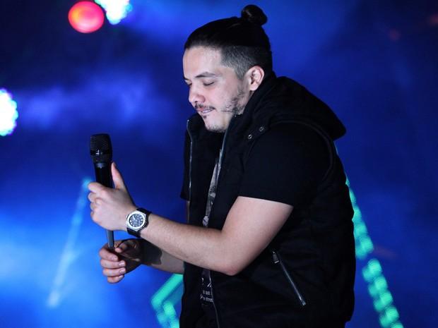 O cantor Wesley Safadão durante apresentação em Americana (Foto: Pedro Amatuzzi-Fotografia)