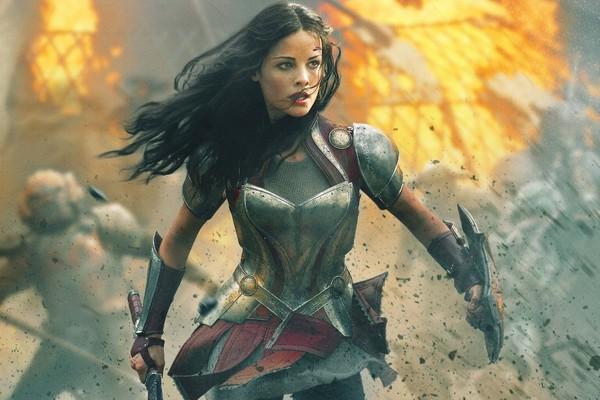 A atriz Jaimie Alexander em Thor: Mundo Sombrio (2013) (Foto: Reprodução)
