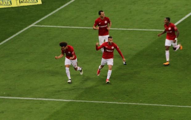 Nico López faz gol da vitória contra o América-MG