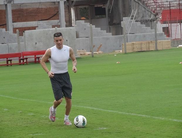 D'Alessandro Inter meia (Foto: Tomás Hammes / GLOBOESPORTE.COM)