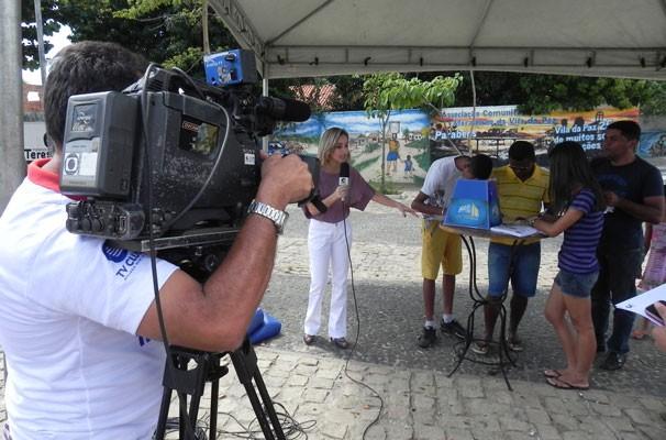 PITV nos bairros realização ação no Três Andares (Foto: Katylenin França)