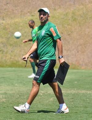 Cláudio Prates, técnico interino do América-MG (Foto: Divulgação/América-MG)