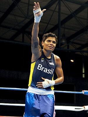 Adriana Araújo boxeadora Brasil (Foto: AFP)