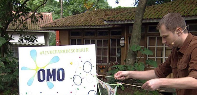 omo_bolha_sabao_frame (Foto: Reprodução)