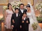 Cantor Xand, do Aviões do Forró, se casa com Isabele Temoteo em Fortaleza