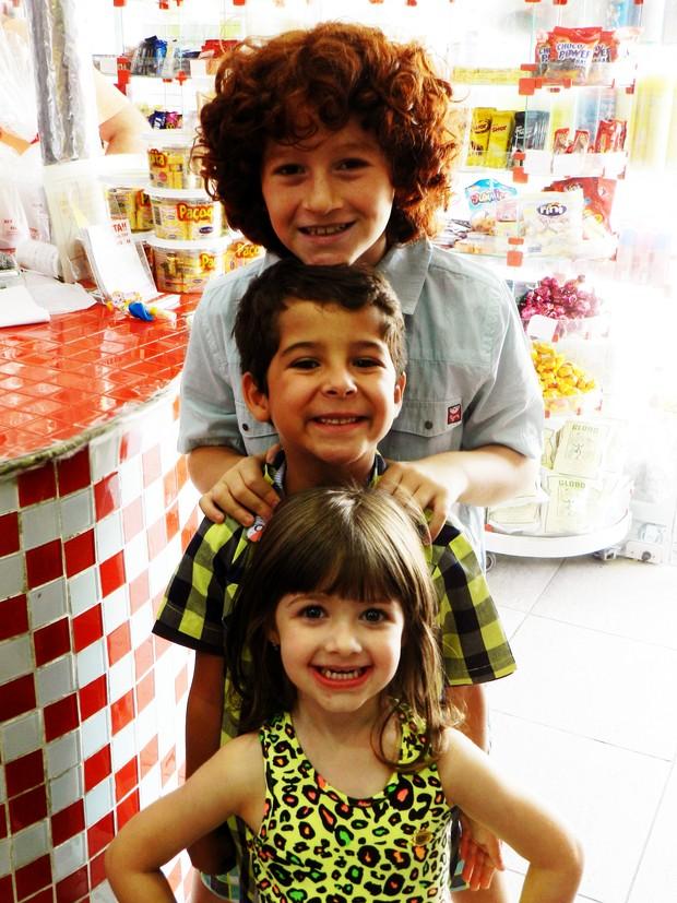 Luiz Felipe Mello, Luigi Montez e Giovanna Alparone (Foto: AR Assessoria / Divulgação)