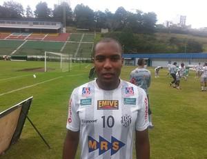 Sílvio Zagueiro Tupi-MG (Foto: Diego Alves)