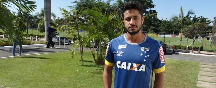 Léo fica do lado de Paulo Bento na polêmica do fair play (Foto: Maurício Paulucci)