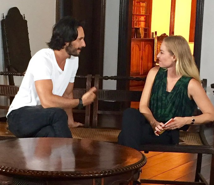 Rodrigo Santoro conta histórias de Hollywood para Angélica (Foto: Divulgação/Deborah Montenegro)