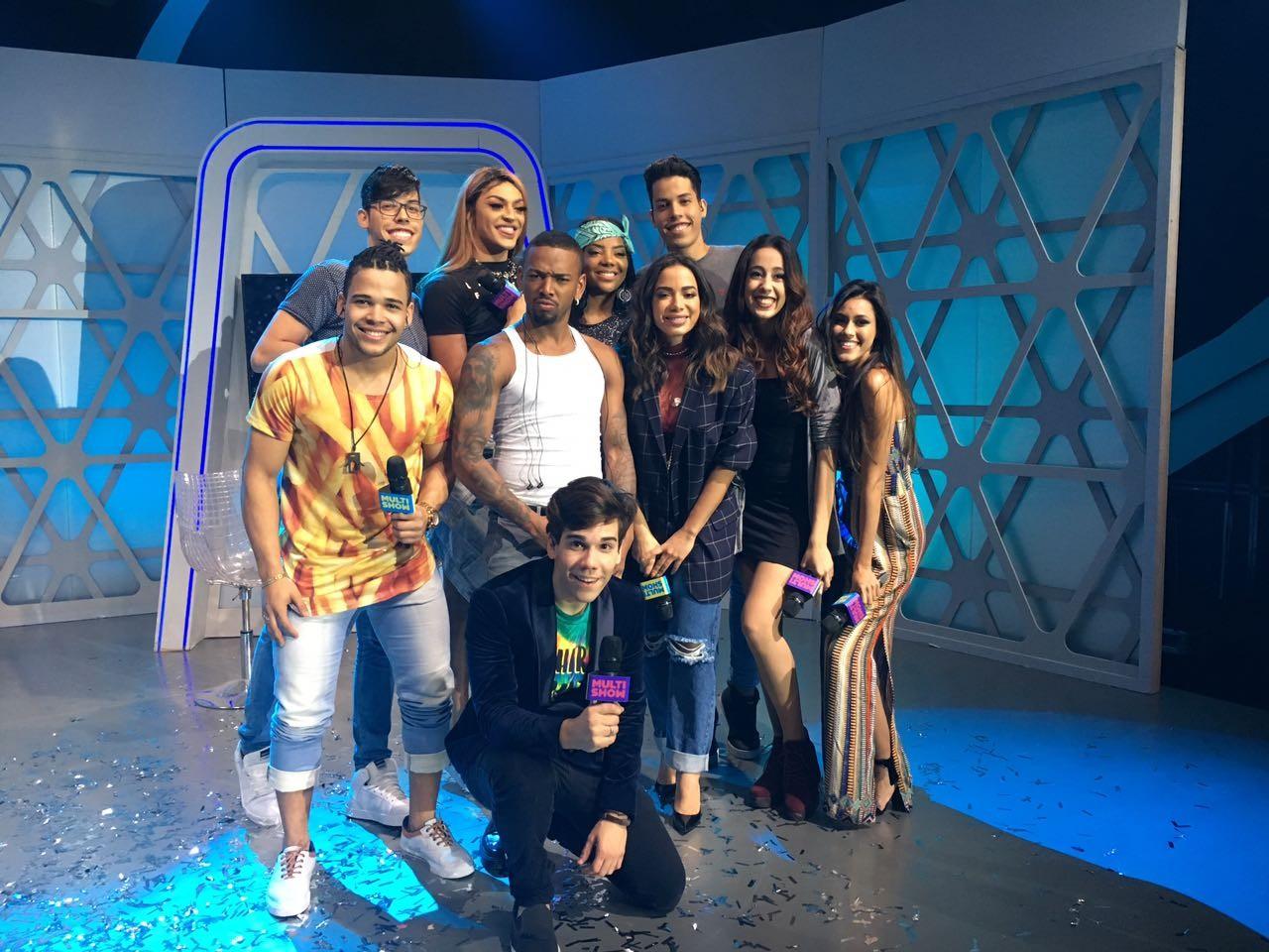 MrPoladoful, os finalistas e os convidados especiais dessa final de 'S Pra Parodiar' (Foto: Multishow)