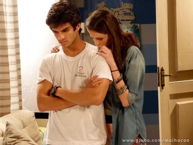 Climão! Seria o fim do namoro de Ju e Gil? (Foto: Malhação/ TV Globo)
