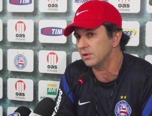 Entrevista de Caio Junior no Bahia (Foto: Divulgação)