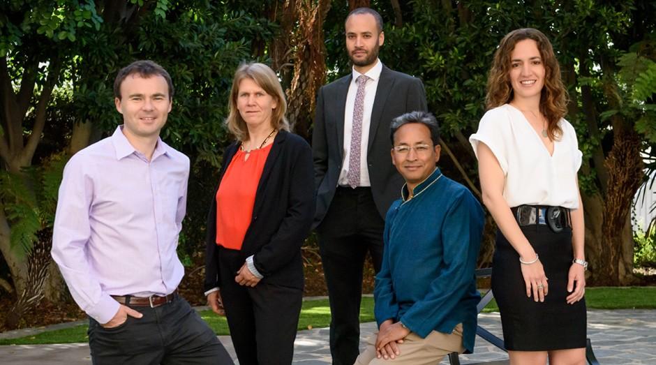 Os premiados pela Rolex, a partir da esquerda: Conor Walsh, Vreni Haussermann, Andrew Bastawrous, Sonam Wangchuk e Kerstin Forsberg (Foto: Nick Harvey/Divulgação)