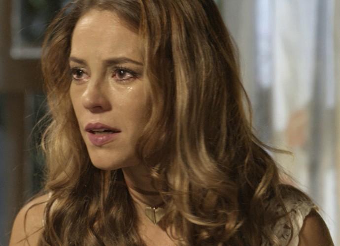 Melissa fica enlouquecida com as palavras de Felipe  (Foto: TV Globo)