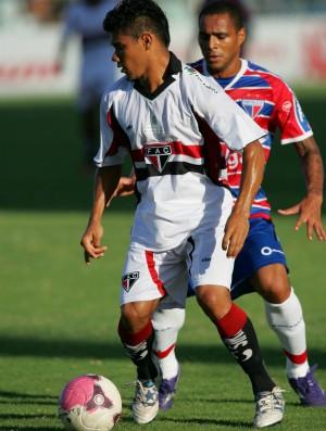 Ferroviário x Fortaleza pela 21ª rodada do Campeonato Cearense de 2012 (Foto: Rodrigo Carvalho/Agência Diário)